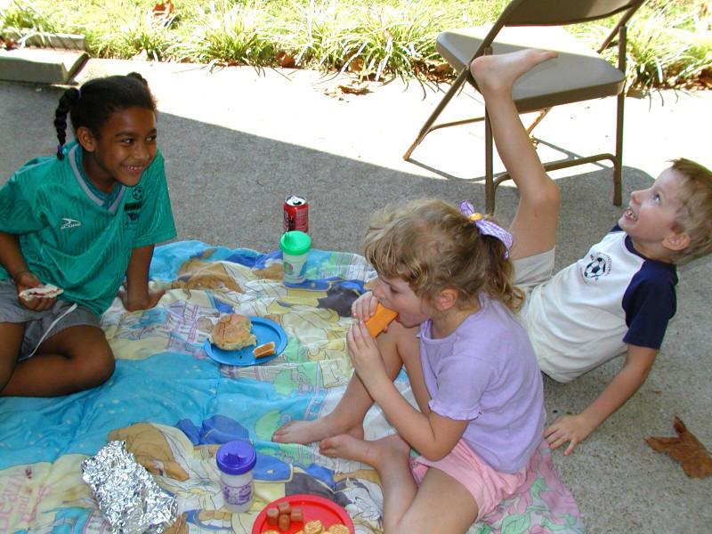 02092725 Kids & Brianna picnic.jpg