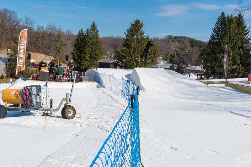 Backyard-BBQ-The-Woods-16-17_Snow-Trails-Mansfield-Ohio-1288.jpg