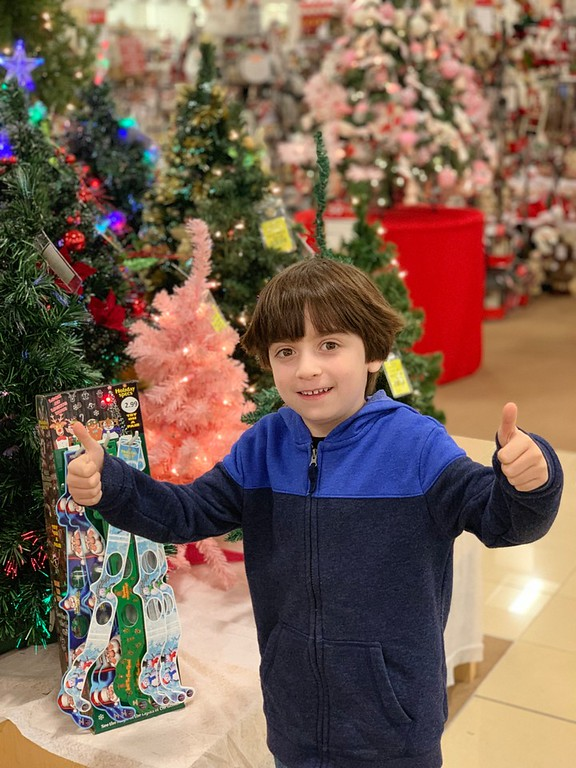 There's no place like Boscov's for the holiday season. Here are 5 reasons we call it our favorite one-stop shopping location of choice! #ad #BoscovsHoliday