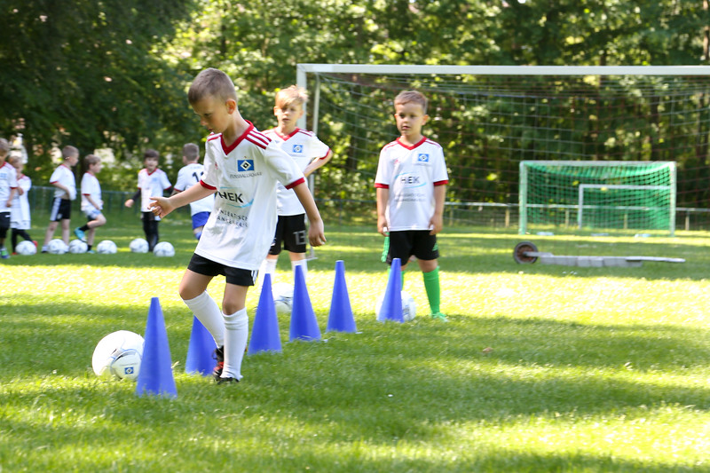 hsv_fussballschule-106_48048029992_o.jpg