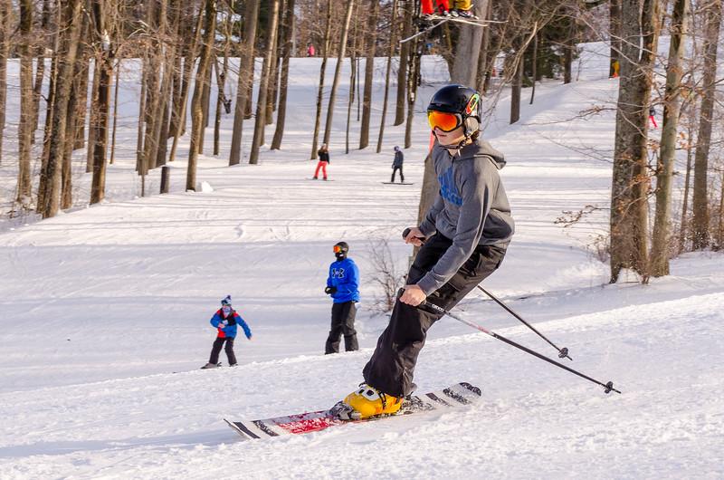 Slopes_1-17-15_Snow-Trails-74241.jpg