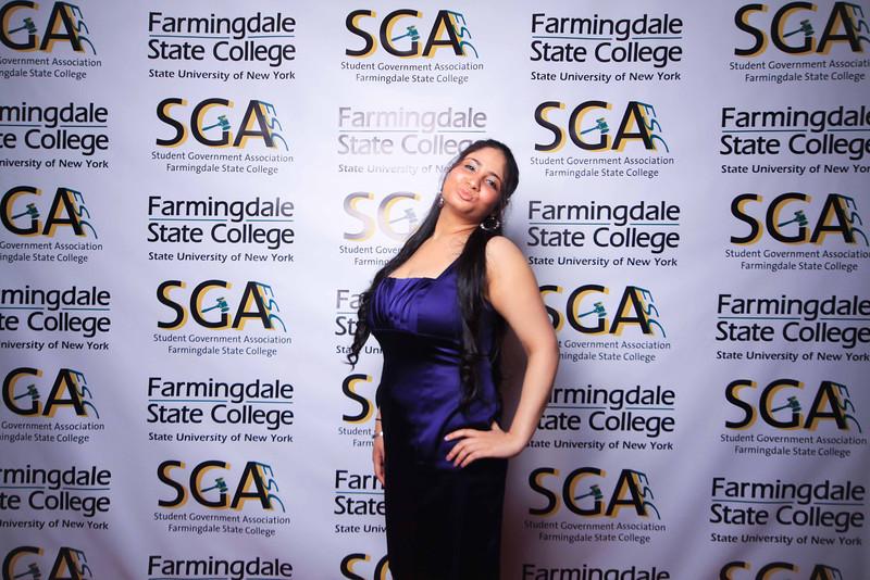 Farmingdale SGA-220.jpg