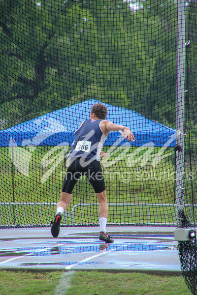 NAIA_Friday_MensDecathDiscus_LM_GMS_20180525_0828.jpg