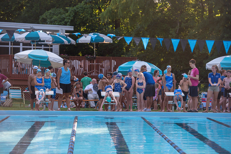 lcs_swimming_kevkramerphoto-036.jpg