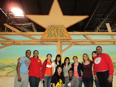 2012 Alternative Spring Break  - North Texas Food Bank