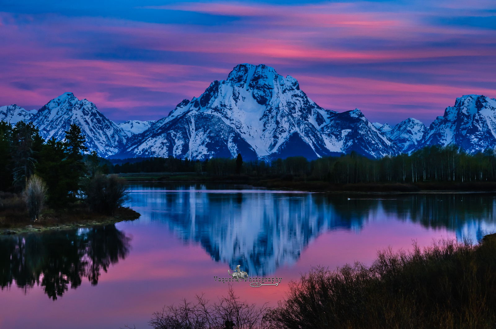 The Beginning of Daybreak on Mt Moran, Oxbow Bend Grand Tetons NP (5 June 2011)