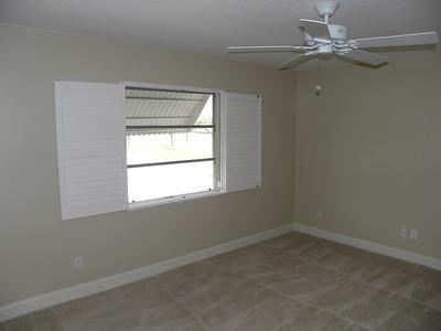 517 SW 24th St, Cape Coral, FL $189,900