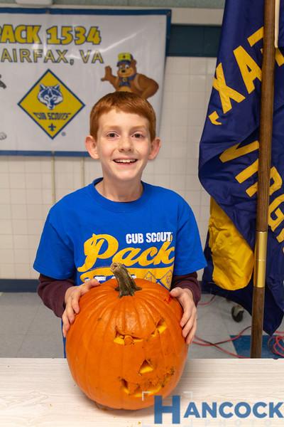 Cub Scout Pumpkin Carving 2018-130.jpg
