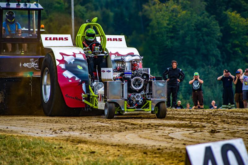 Tractor Pulling 2015 BZ-02391.jpg