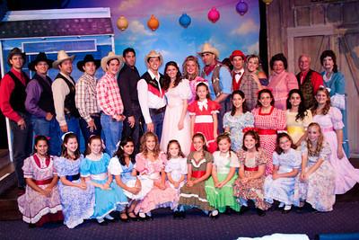 Oklahoma cast shotz