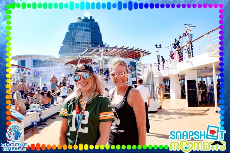 01-12-2020 - Groove Cruise Miami GIFs_02.MP4