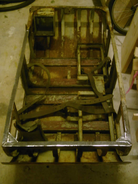 WW1 BRITISH SMALL ARMS HAND CART