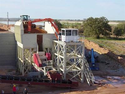 NPK B700 pedestal boom system with GH6 hydraulic hammer-secondary breaking.jpg