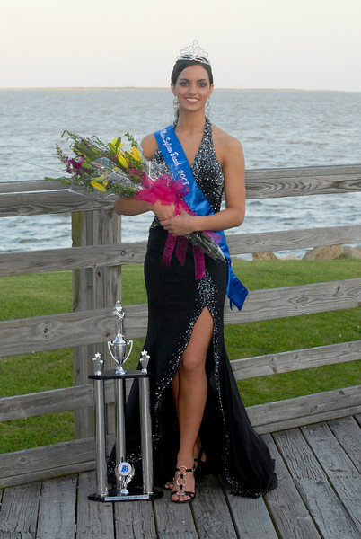 2008 Miss Sylvan Beach (after Crowning)