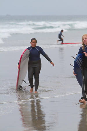 2011-0811 Surfing Nicole