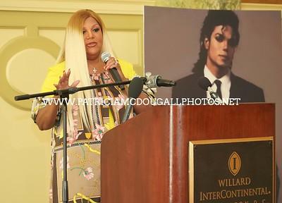 Raymone  K. Bain - Michael Jackson and His Legacy