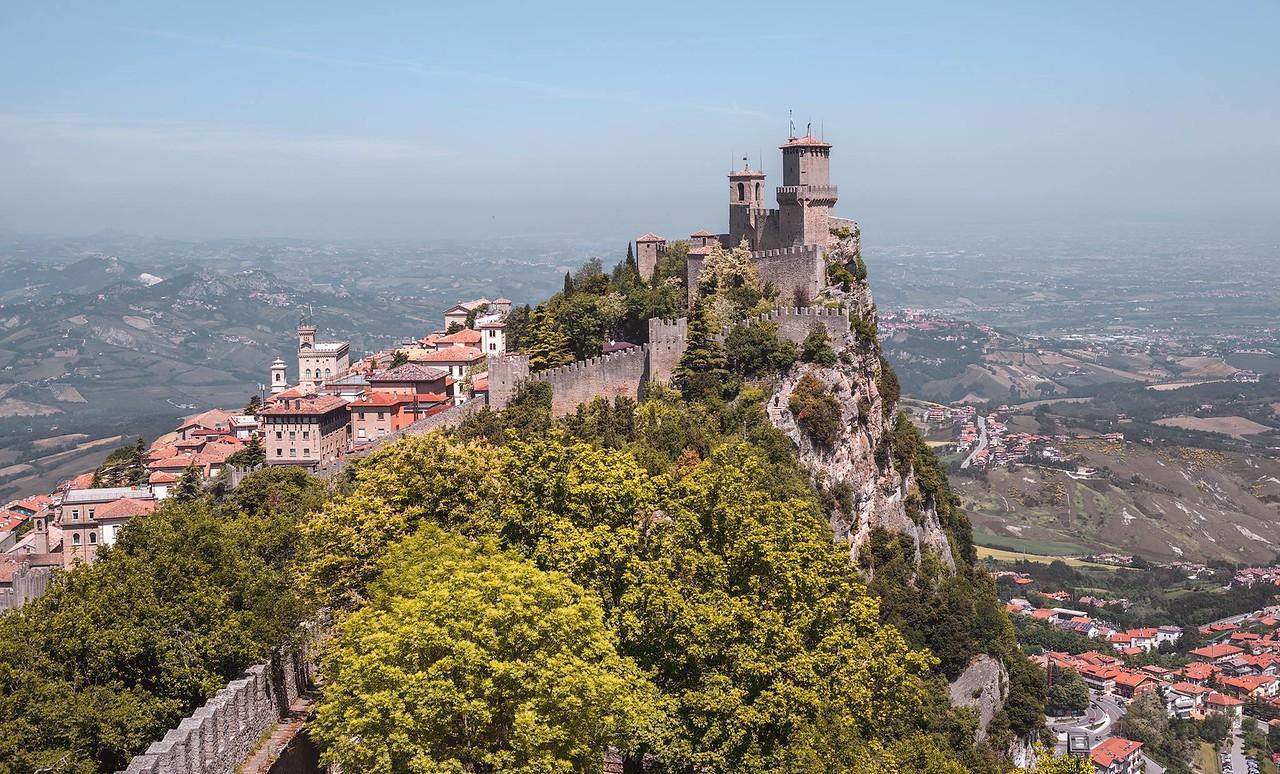 義大利的國中國 聖馬利諾 San Marino by 旅行攝影師張威廉 Wilhelm Chang