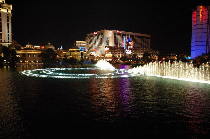 Fountain21.JPG