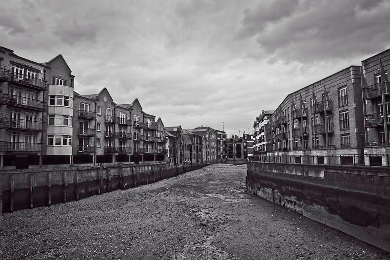Dundee Wharf Basin