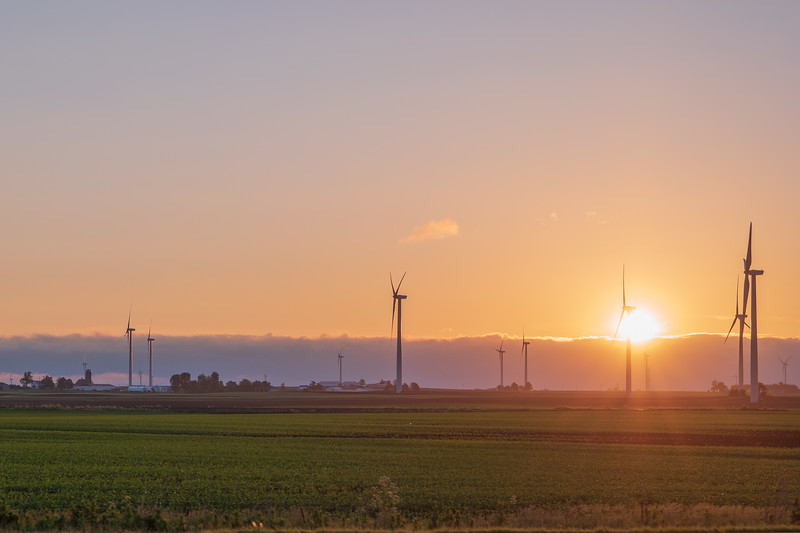 Illinois Sunrise & Wind Power