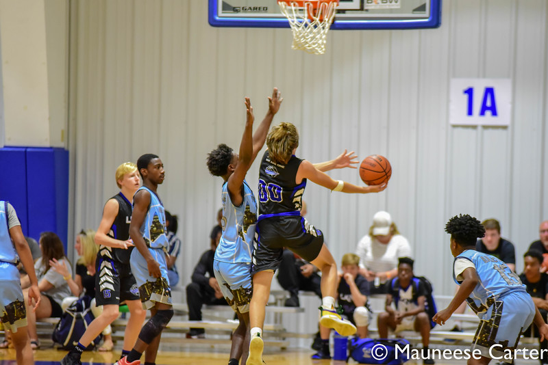 LKN1 v QC Ballers 130pm 8th Grade-9.jpg