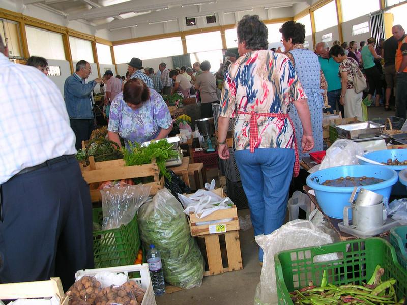 lagos farmers market june 6.2008 013.jpg