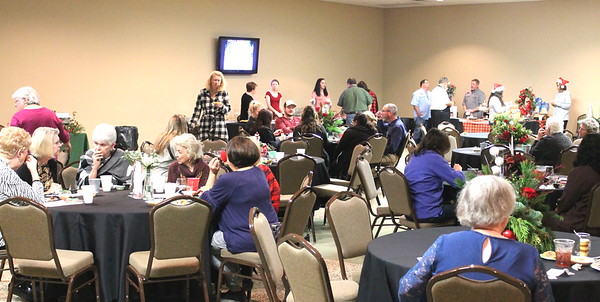 Shelby County Chamber of Commerce hosts Taste of the Holidays