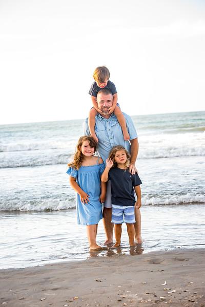 Family beach photos-57.jpg