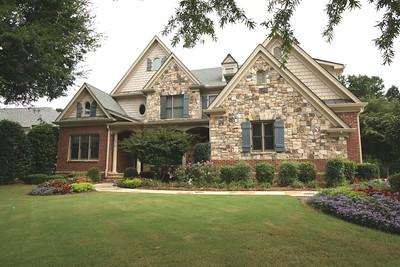 Brookview Manor