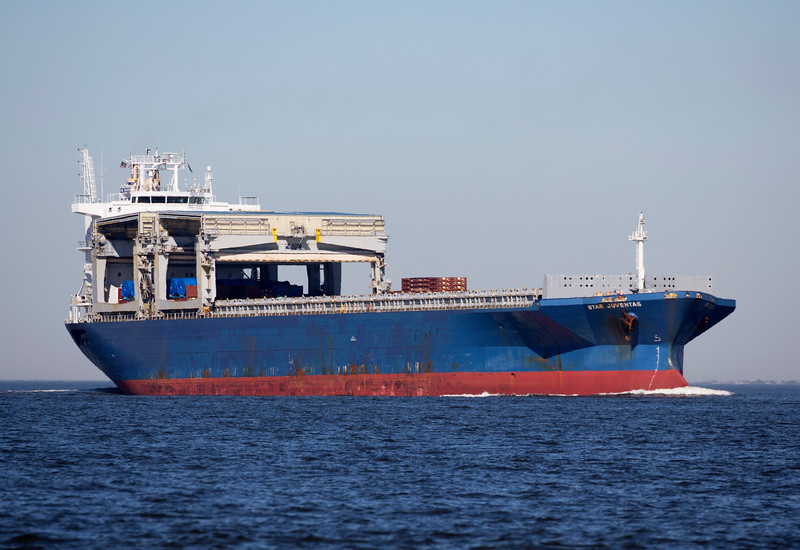 The 33,000 ton container ship Juventas, unloaded