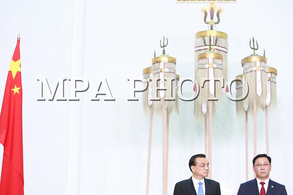 БНХАУ-ын төрийн зөвлөлийн ерөнхий сайд Ли Көцян айлчилж байна