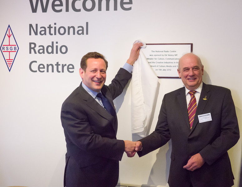 Ed Vaizey MP with RSGB President Dave Wilson