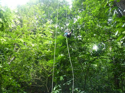 Bosque del cabo - Zip line, tree rapel, waterfall 2014