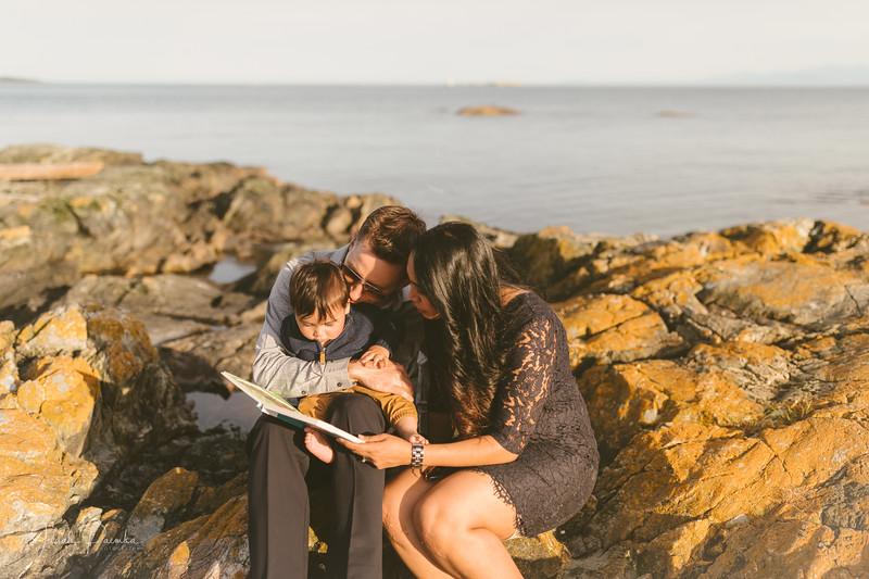 Baby Shower; Engagement Session; Mount Washington HCP Gardens; Chinese Village; Victoria BC Wedding Photographer-179.jpg