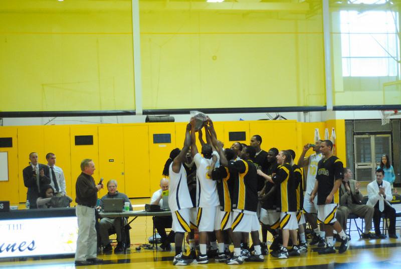 20090301_MCC Basketball_5735.JPG