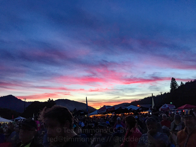Great sunset while at the main stage in Glendale.