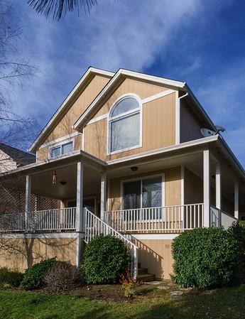 3587 S Village Drive—Medford, OR
