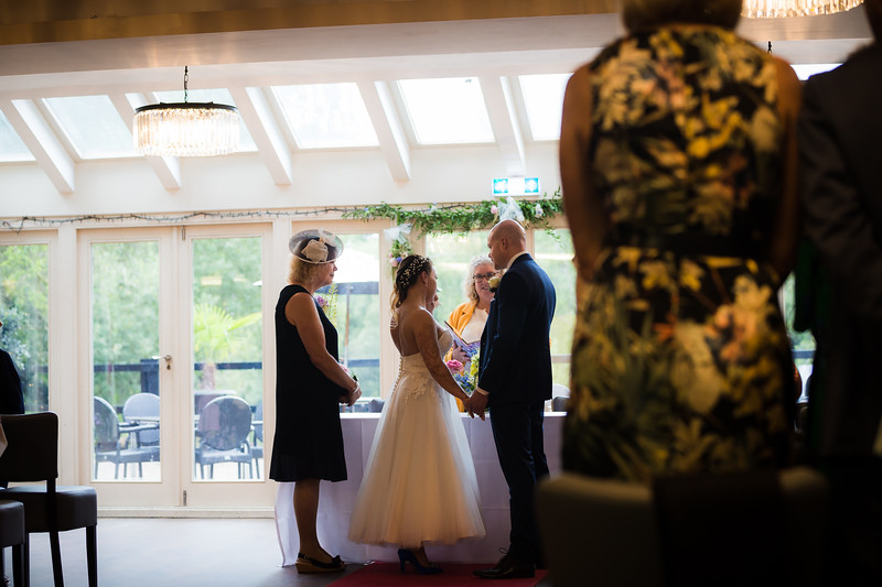 Sam_and_Louisa_wedding_great_hallingbury_manor_hotel_ben_savell_photography-0069.jpg