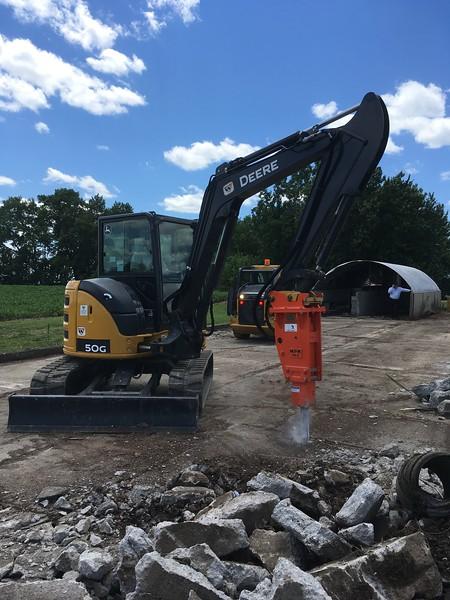 NPK PH3 hydraulic hammer on Deere 50G mini excavator 6-17 (2).JPG