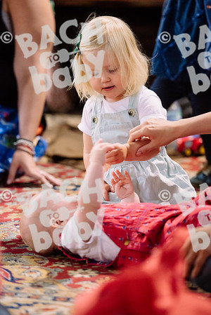 © Bach to Baby 2017_Alejandro Tamagno_Victoria Park_2017-07-12 011.jpg
