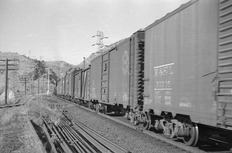 UP_2-8-8-0_3553-with-train_Wheelon_Aug-15-1948_005_Emil-Albrecht-photo-0242-rescan.jpg