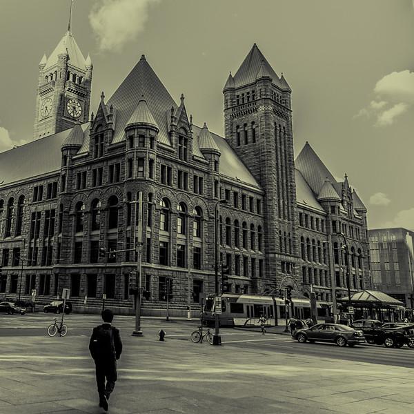 Minneapolis 48