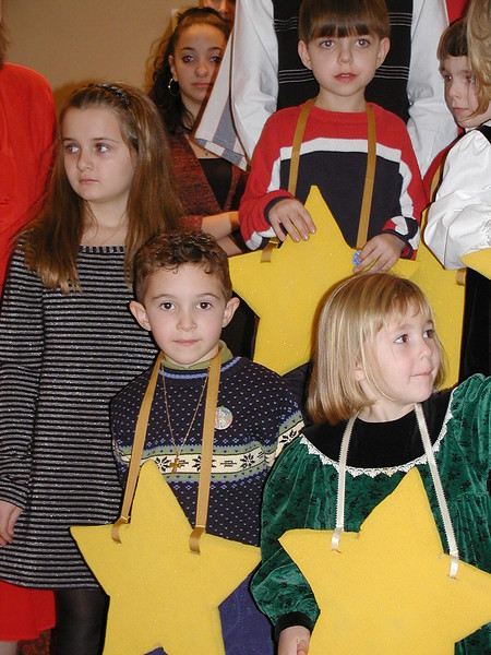 2002-12-21-HT-Christmas-Pageant_075.jpg