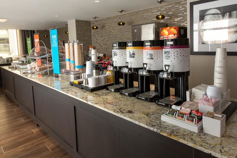 22-Breakfast Buffett-Hampton Dallas.jpg