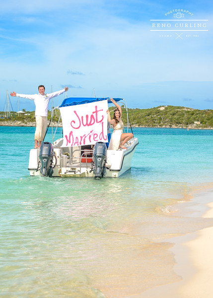 Beach Wedding at Chat n Chill in Exuma Bahamas photo by Reno Curling #renocurling