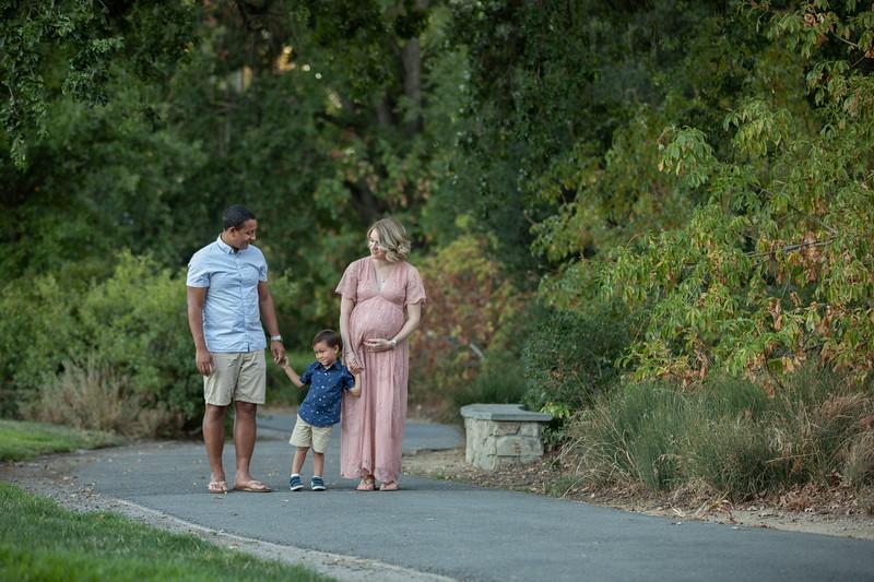 Shana Maternity-61.jpg
