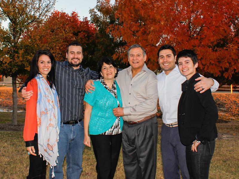 121123, Family Fall Pics (14).jpg