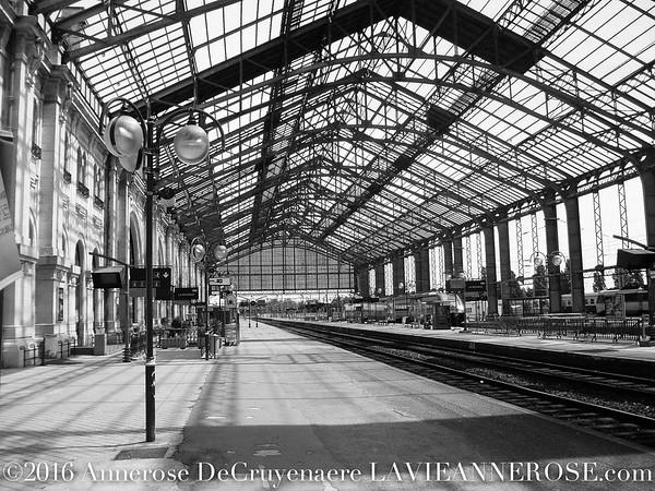 Im Bahnhof von La Rochelle