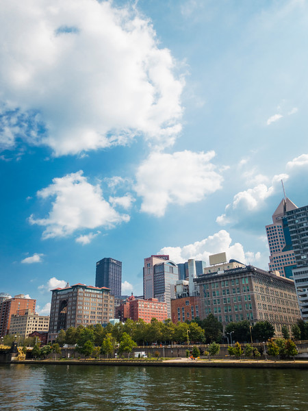 pittsburgh from water 2.jpg