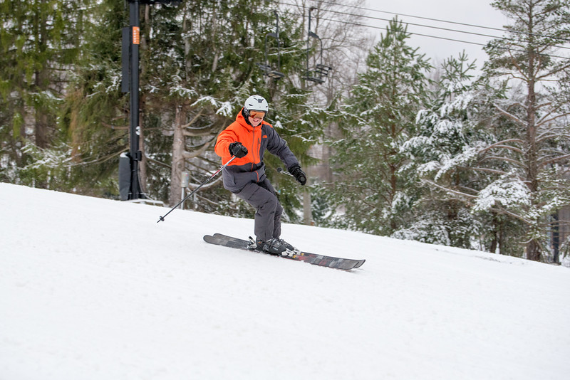 Opening-Day_1-3-16_Snow-Trails-8059.jpg